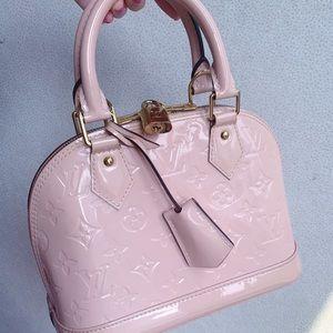 Louis Vuitton alma bb in rose ballerine